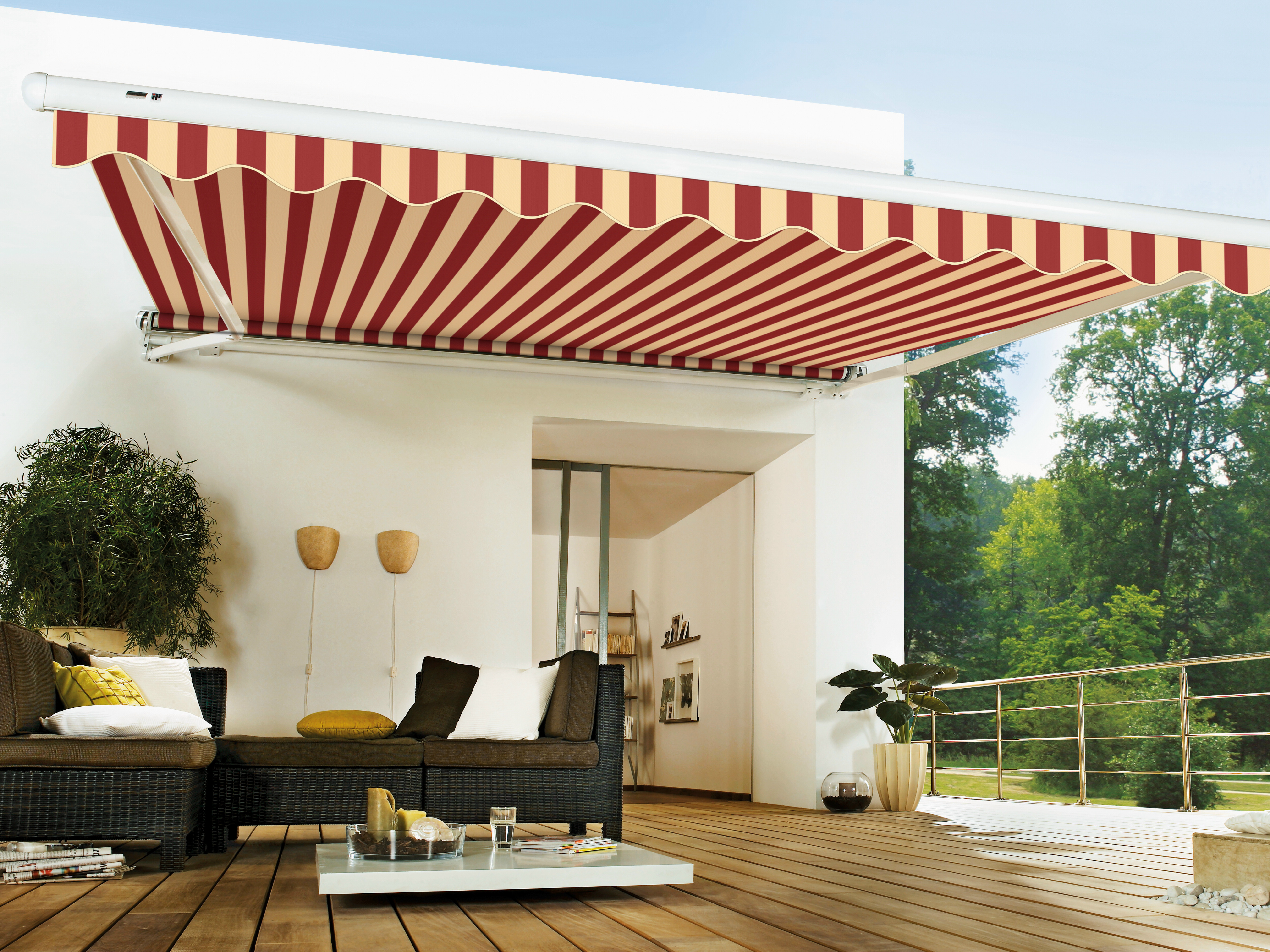 Tende da sole una protezione dai raggi solari per te e la - Tende per arredare casa ...