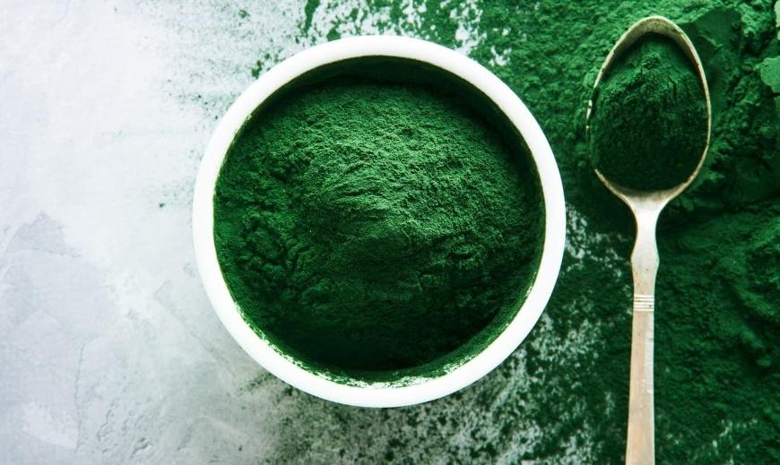 alga spirulina polverizzata
